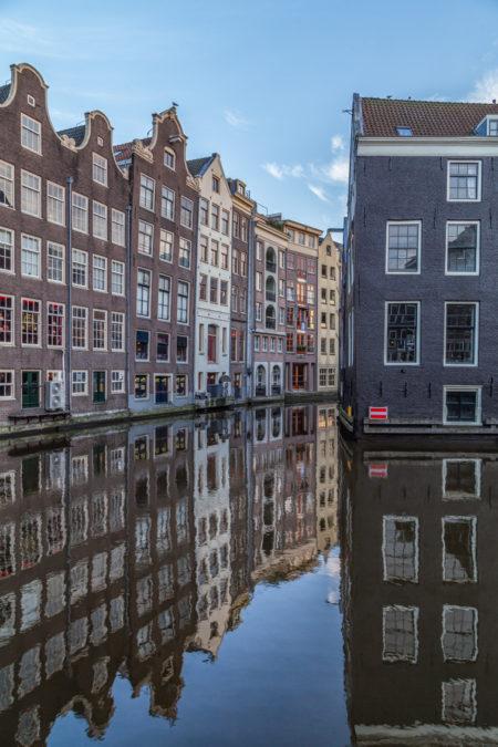 Amsterdam binnenstad foto - Oudezijds Voorburgwal