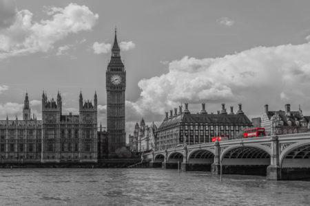 Londen foto - Londen Skyline en rode bussen