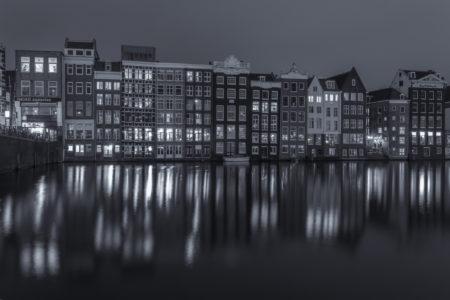 Amsterdam by Night - Damrak | Tux Photography