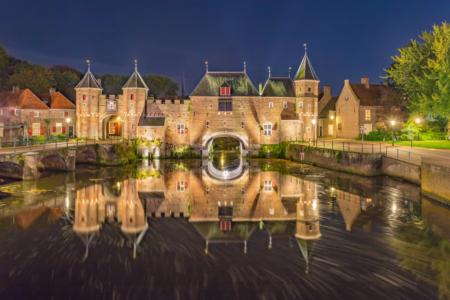 De Koppelpoort in Amersfoort in de avond | Tux Photography Shop