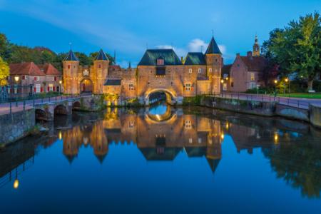 De Koppelpoort in Amersfoort in het blauwe uurtje | Tux Photography Shop